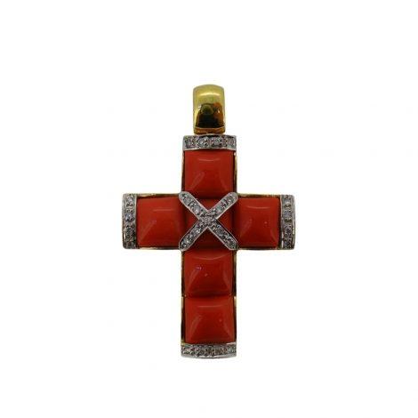 Colgante cruz de oro amarillo con corales y diamantes
