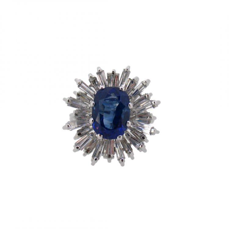Sortija de diamantes y zafiro